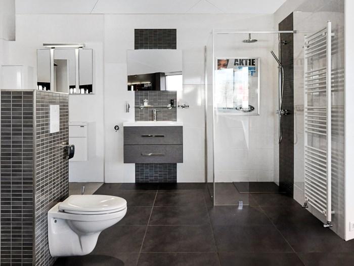 witte badkamer pimpen: landelijk industri le badkamer in zwart, Badkamer